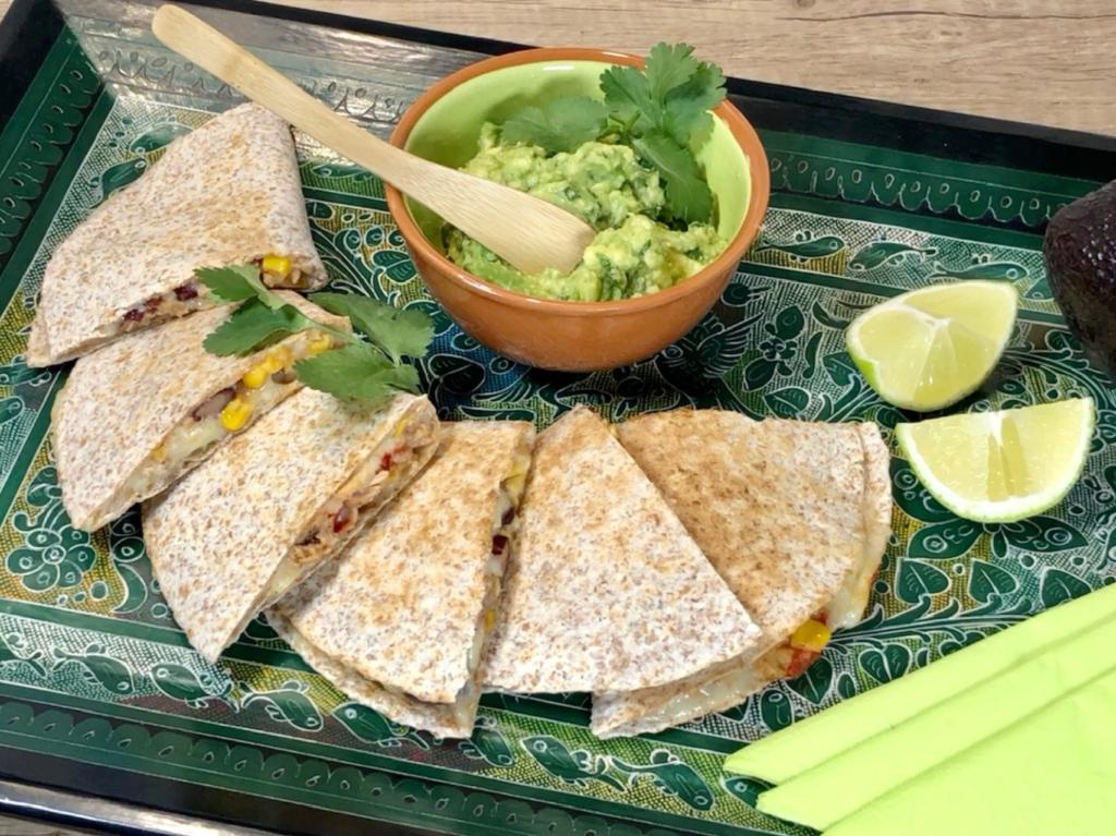 Quesadillas smexickým šalátom