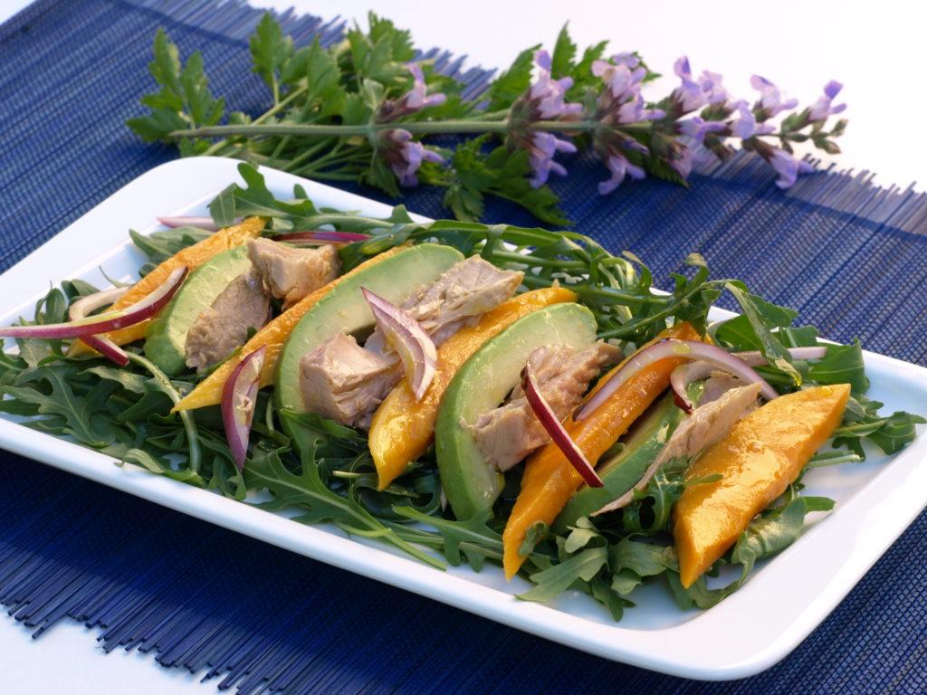 Šalát zrukoly, avokáda amanga stuniakom
