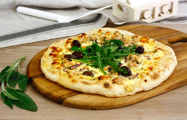 Pizza sosyrom atuniakom